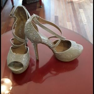 Party heels for formal occasion